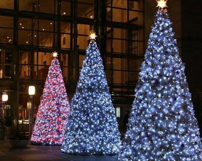 large foyer indoor and outdoor - Big Indoor Christmas Decorations